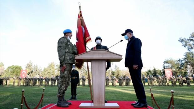 Milli Savunma Bakanı Akar, 8. Komando Tugayı'nın sancak teslim töreninde konuştu: (1)
