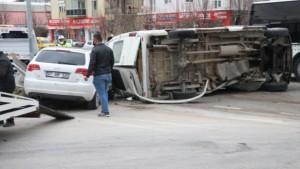 Isparta'da trafik kazasında yaralanan üniversite öğrencisi hayatını kaybetti